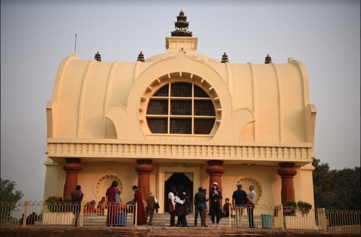 Parinirvana Stupa And Ramabhar Stupa
